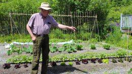 curtis-garden-tour